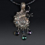 Nautilus Pendant by Linda Grisham Jean. Photo by Steve Rossman