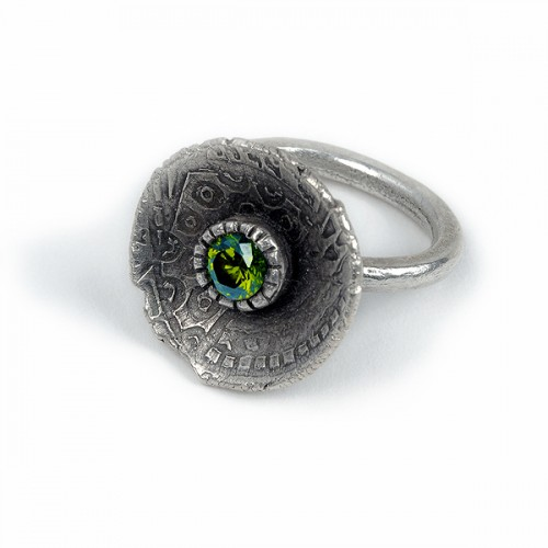 Silver ring with green CZ by Jonna Faulkner by San Diego jewelry photographer Steve Rossman