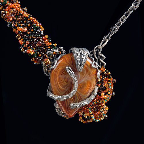 Silver, glass & seed-bead necklace by Stan Rosier with cabochon by Greg Hanson. Phot by Steve rossman
