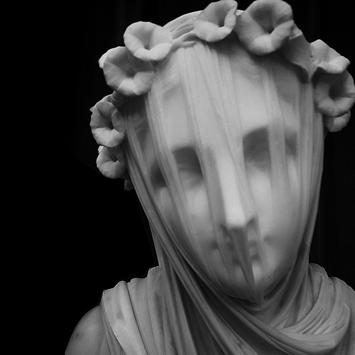 Veiled Vestal by Rafaelle Monti marble sculpture at Chatsworth. Photo by Steve Rossman