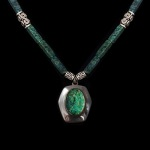 Malachite Necklace by Tami Morrison. Jewlery photography by Steve Rossman.