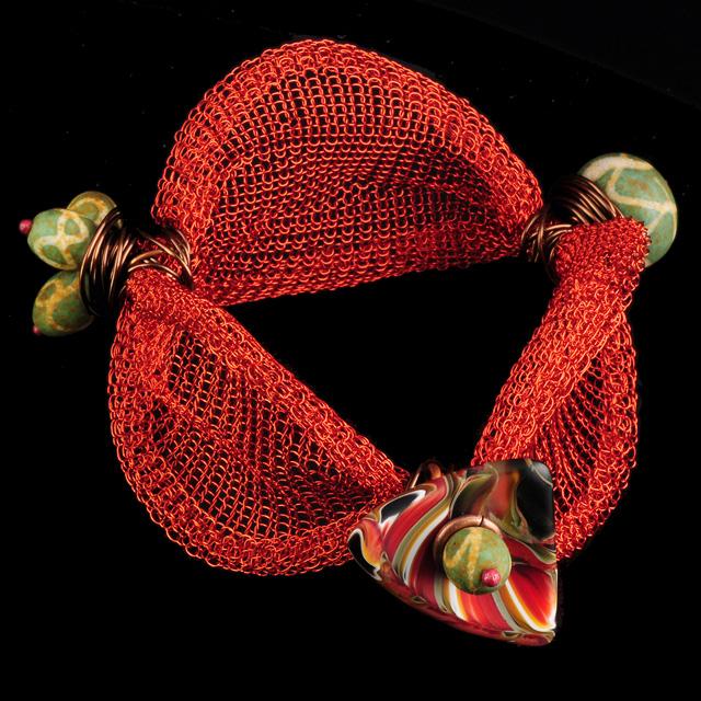 Birdnest 2 bracelet by Susan Blessinger. Jewelry photography by Steve Rossman.