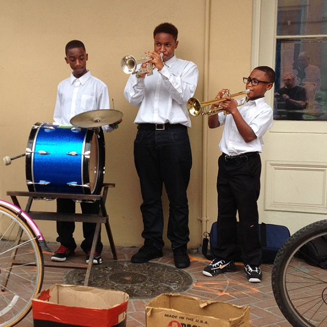 New Orleans streetmusician kids. iPhone photography by Steve Rossman