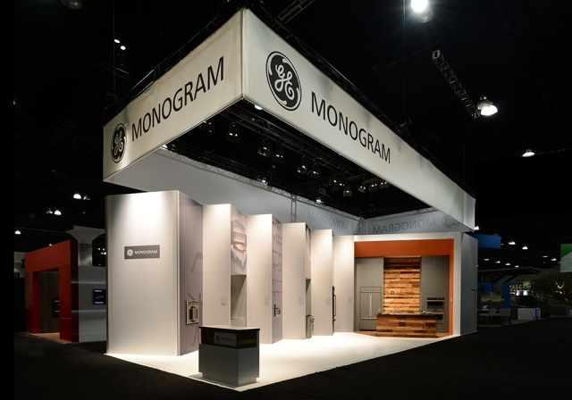GE Monogram 3 at Dwell on Design LA. Designed and fabricated by Deckel & Moneypenny.  Tradeshow exhibit photography by Steve Rossman