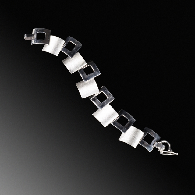 Cecilia Nataly Silver bracelet. Jewelry photography by Steve Rossman